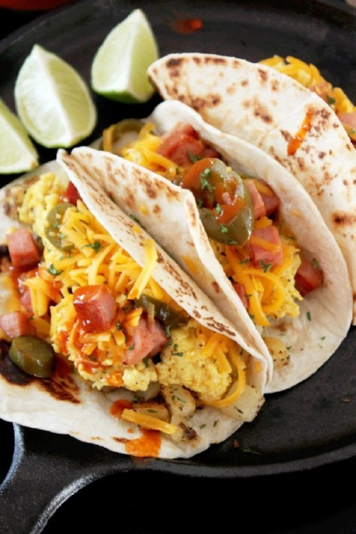 These Tacos With Potatoes, Ham, Egg And Cheese Are The Perfect Kid ...