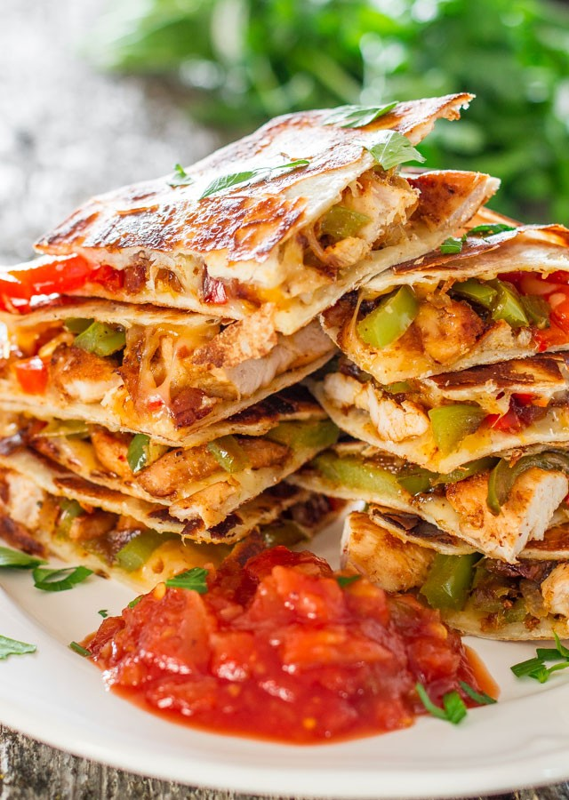Mouthwatering Chicken Fajita Quesadillas You Need To Try