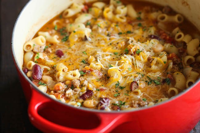 This One Pot Mac And Cheese Chili Is An instant Classic!