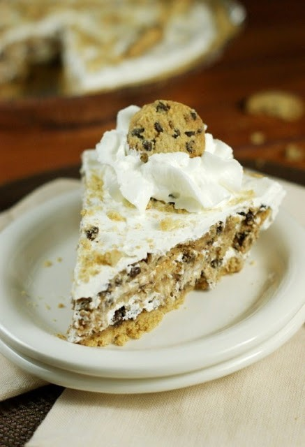 Totally Scrumptious & Easy No-Bake Chocolate Chip Cookie Pie