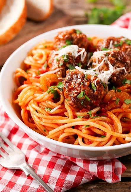Quick And Easy One Pot Spaghetti & Meatballs