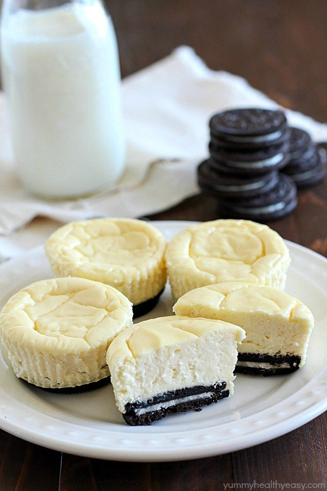 Insanely Clever Mini Cheesecakes With Oreo Crust