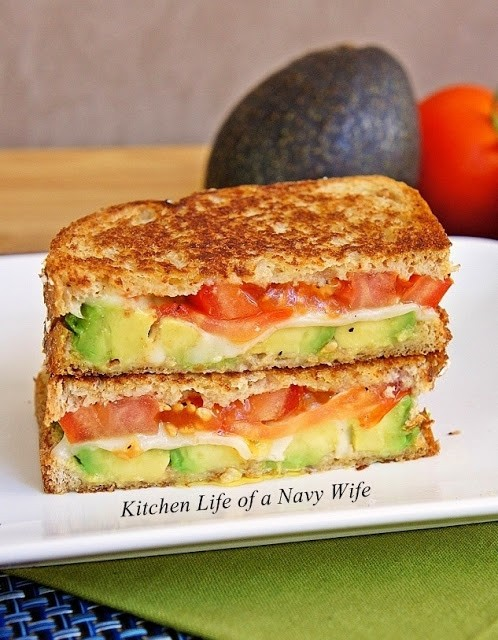 This Simple Avocado, Mozzarella And Tomato Grilled Cheese Sandwich Is Really Fantastic!