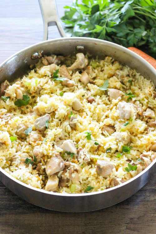 This One Pan Chicken And Rice Recipe Is Full Of Great Flavors And Perfect For A Quick Dinner