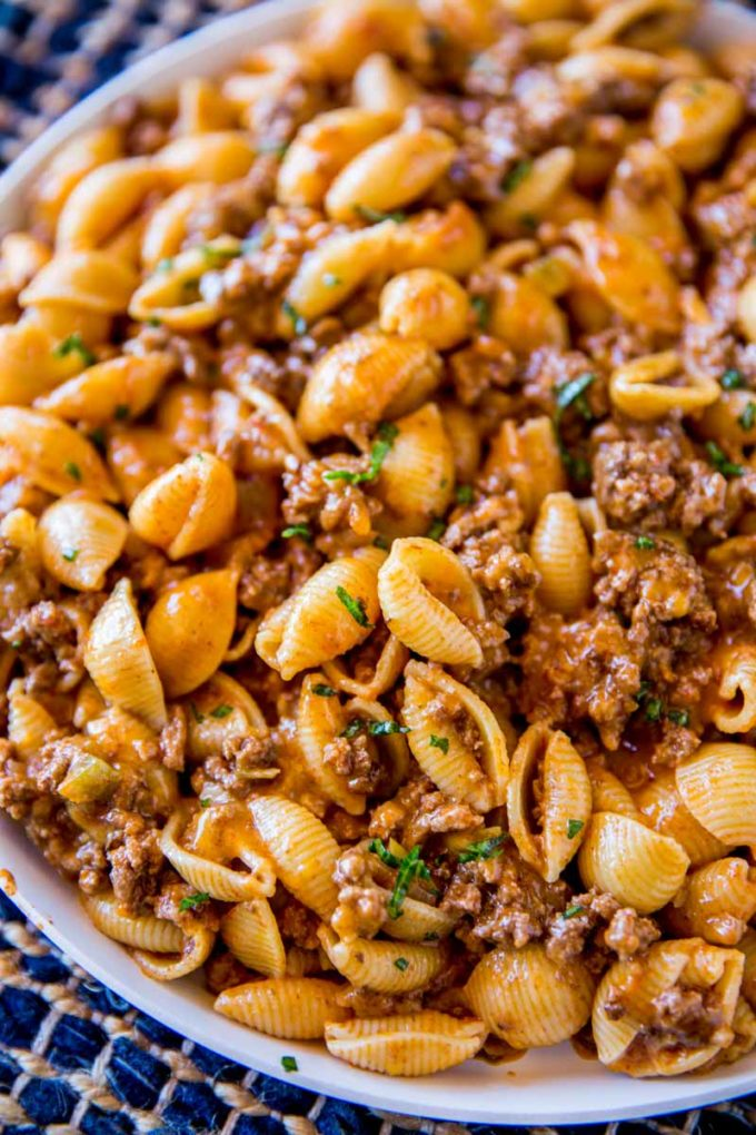 Easy and super delicious cheesy taco pasta daily cooking for What can you cook with hamburger meat
