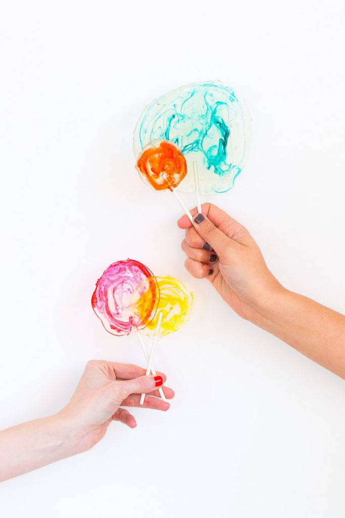 How To Make Colorful Tequila Lollipops