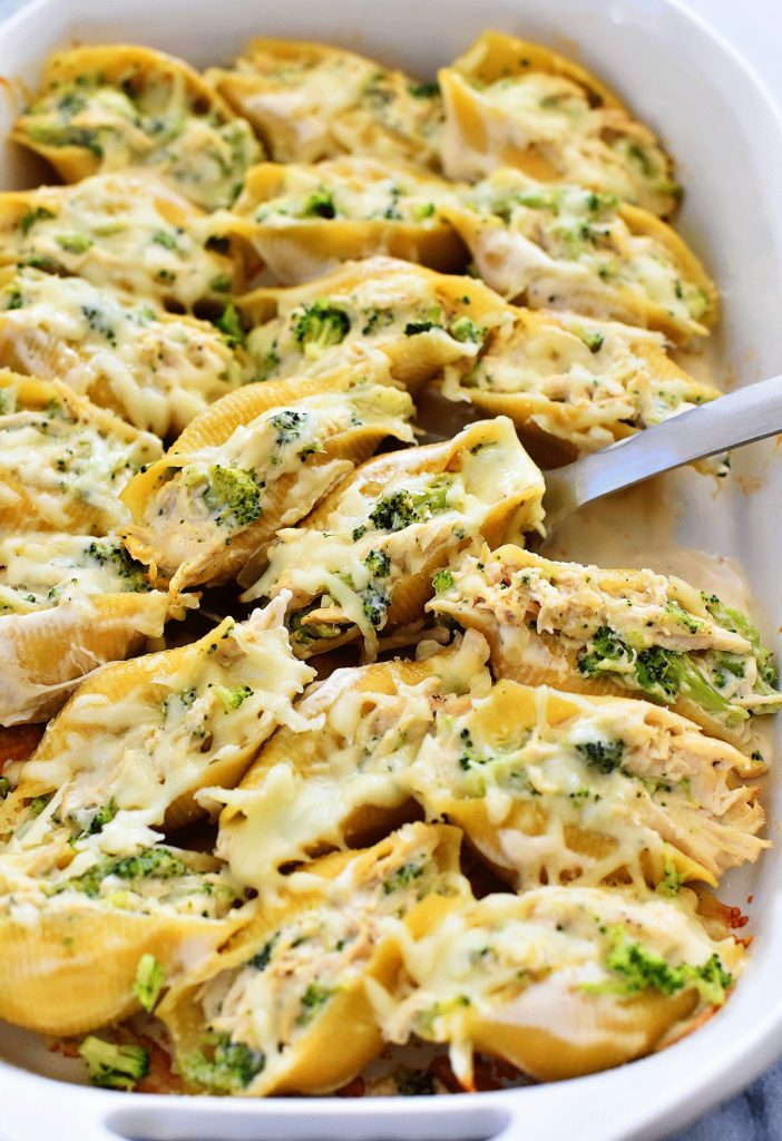 These Easy Chicken Stuffed Shells With Alfredo Sauce Are