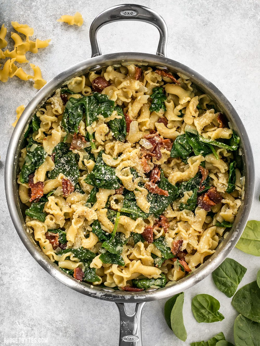 Quick And Delish Bacon And Spinach Pasta With Parmesan