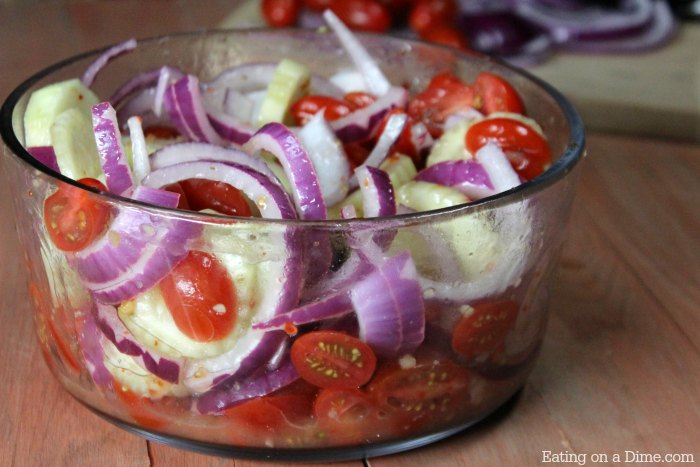 This Quick And Easy Cucumber Tomato Salad Will Actually Make You Love Salad